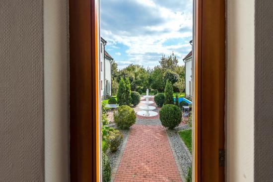 Landhotel Thüringer Hof: Blick auf Hofbrunnen