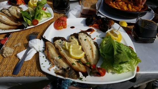 Dar Tata: pescado asado