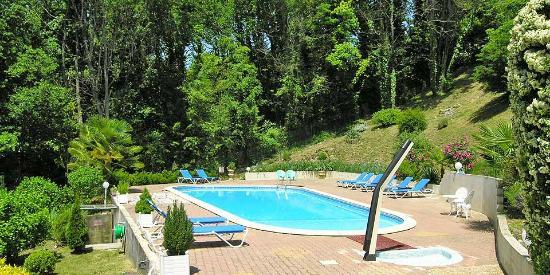 Hôtel de la Pagézie : Notre piscine