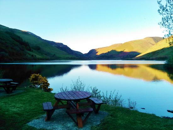 Pen-y-Bont Hotel: Admire the view from the new furniture on the Beer Garden.