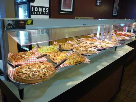 For 25 Years Mario's has been serving Springfield with Homestyle Italian Cooking and Pizza. Our North location has many Lincoln site visitors, bus tours and school field trips during the week. Our buffet for lunch at both locations is always a Big Hit with visitors and locals.