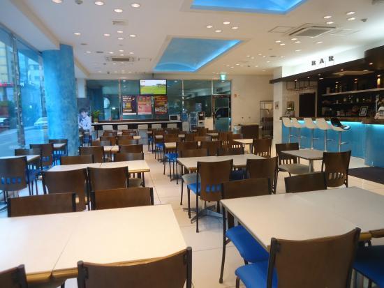 Toyoko Inn: ロビー(朝食会場)