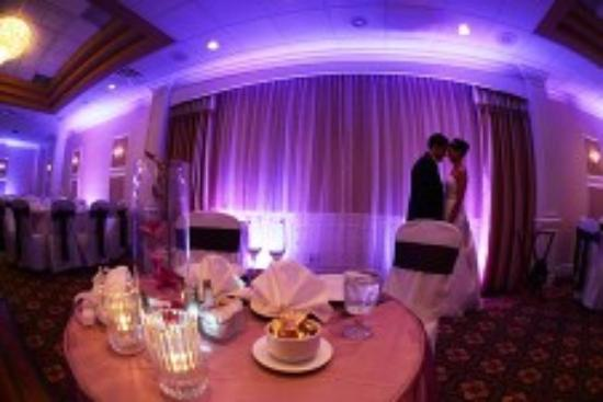 Clarion Hotel & Conference Center Toms River: Weddings