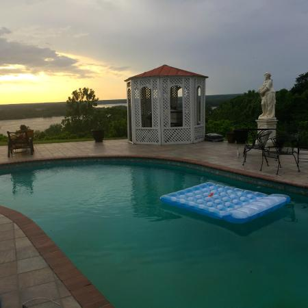 Pool picture of weymouth hall natchez tripadvisor - Hotels in weymouth with swimming pool ...