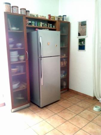 cucina esterna, forno a legna - Picture of Acajou, Reggio Calabria ...