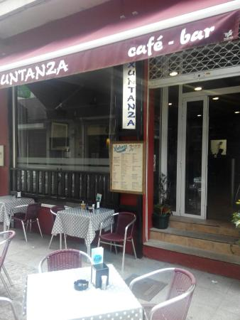 ‪cafe-bar xuntanza-taperia‬