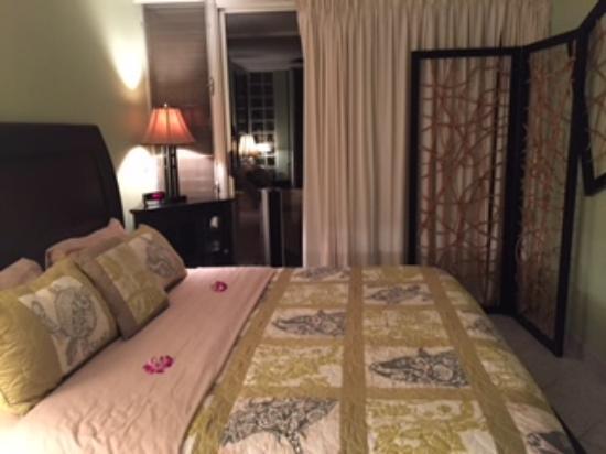 Island Sands Resort: Master Bedroom 512