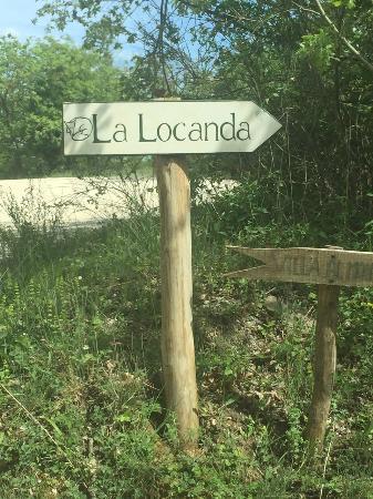 La Locanda: Entrance