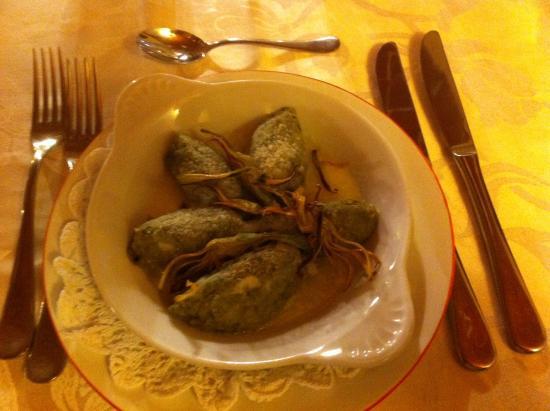 Santise Cucina Piemontese Contemporanea : Rabatun carciofi ed erbe aromatiche.