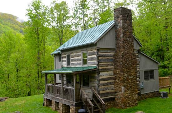 The Cabins At Crabtree Falls: Richard's Retreat