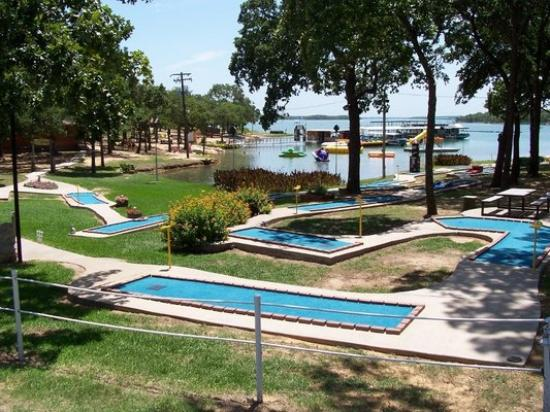 Ardmore, OK: Lake Murray Water Sports & Mini Golf