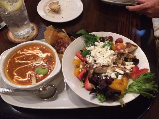 Longhorn Steakhouse Medlock Bridge Rd: Strawberry salad and tortilla soup. Awesome !!!
