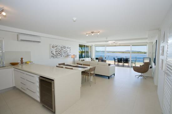 Las Rias Noosa : View from Unit 7