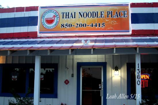 Thai Noodle Place
