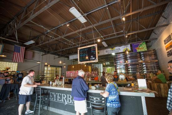 Weyerbacher Brewing Company: Bar Front