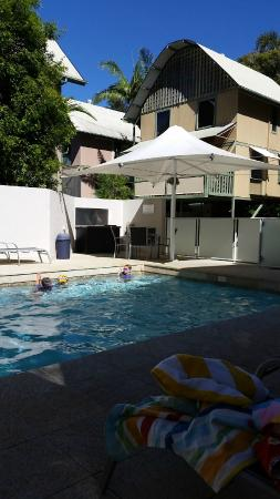 The Hastings Beach Houses: Pool looking at Houses
