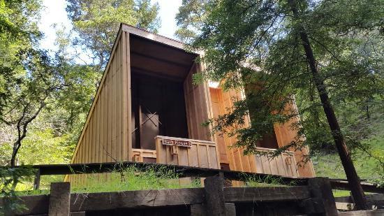 New bathhouse 3 picture of ventana campground big sur for Big sur cabin e campeggi
