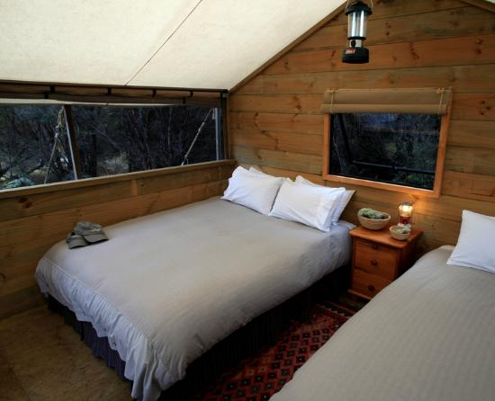 Poronui: Interior of a luxury tent at Safari Camp