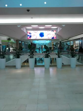 Square One Shopping Centre : 3