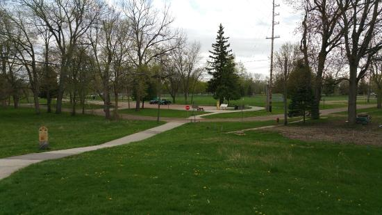 Midland, MI: Walking Path at Chippewassee Park