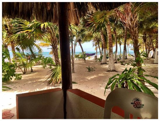 Bungalos Costa del Sol: cabana porch