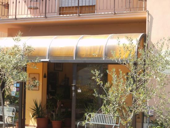Ristorante Latini : Ingresso ristorante