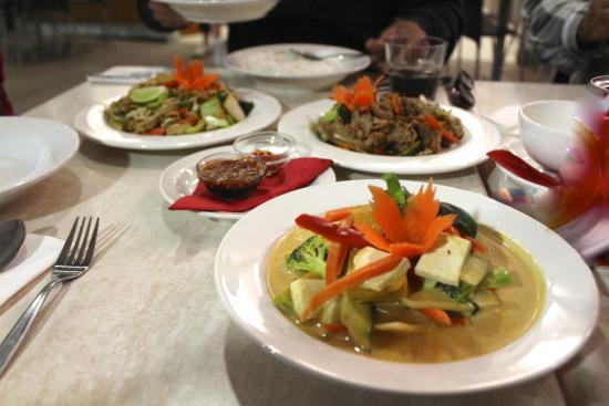 Hot Chilli Bean Thai Cafe: Vegetarian Curries with Organic GMO free Tofu