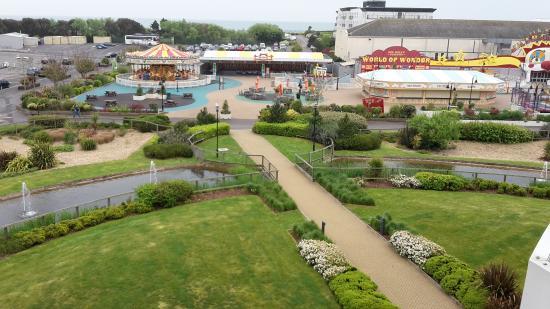 Butlin's Bognor Regis Resort: The view from our hotel balcony
