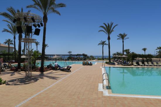 Playa Granada Club Resort: Zona de piscina
