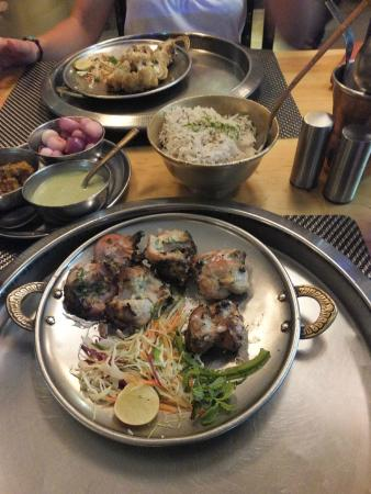 Pind Balluchi: El arroz nunca falta..