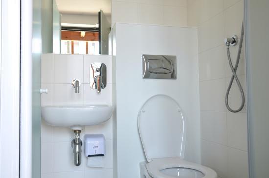Eklo Hotels : Salle de bains