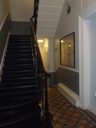 Smart Hyde Park Inn Hostel: Smart Hyde Park Inn Hallways