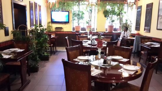 Restauracia chinska azalia
