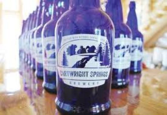 Pakenham, Canada: Cartwright Springs Brewery