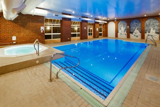 Mercure London Watford Hotel: Swimming Pool