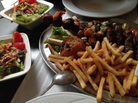 Verano Aachen ein teil des grilltellers und salat picture of restaurant verano