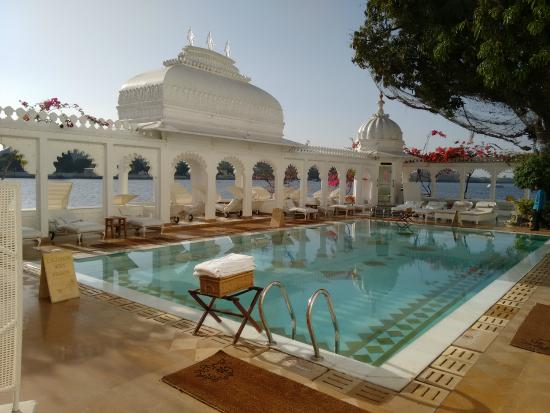 Swimming pool picture of taj lake palace udaipur udaipur tripadvisor for Hotel in udaipur with swimming pool
