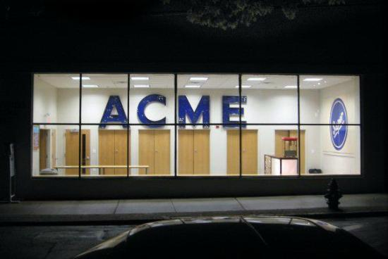 Lambertville, NJ: ACME from street