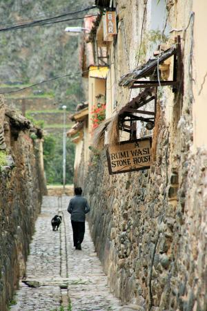 Encuentros Andinos: In the town of Ollantaytambo