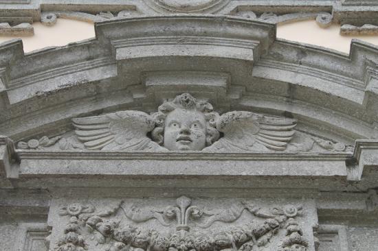 Chiesa di Santa Teresa : facciata