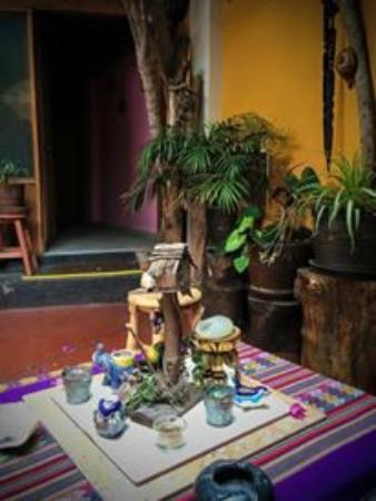 D'Osma Bed & Breakfast: Peaceful courtyard