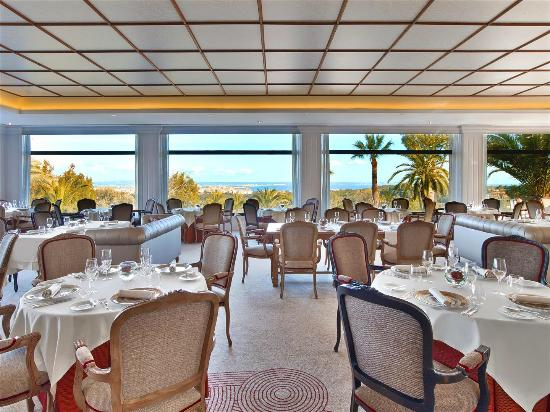 Castillo Hotel Son Vida, a Luxury Collection Hotel: Restaurante Es Castell