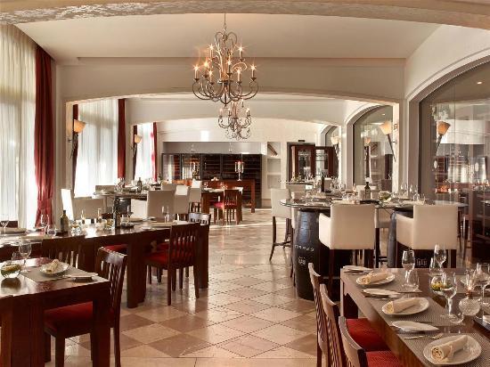 Castillo Hotel Son Vida, a Luxury Collection Hotel: Restaurante Es Vi