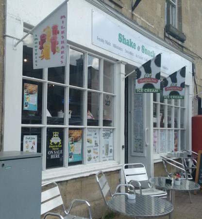 Honeycott's Shake & Snack Café
