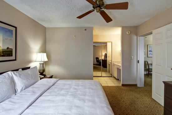 Homewood Suites by Hilton North Dallas-Plano: Room