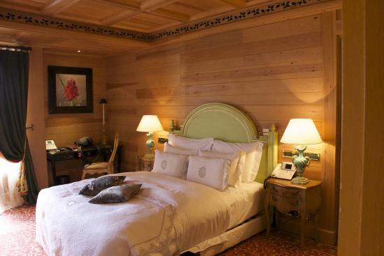 Michlifen Ifrane Suites & Spa : Chambre