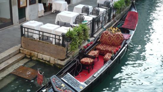 Bella Venezia: GONDOLES A VENISE