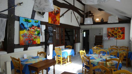 Haut-Rhin, France : Une petite salle pour un groupe par exemple ou un repas de famille