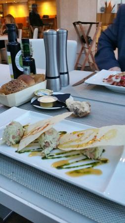 JW Grill Cannes: Salade de crabe excellente