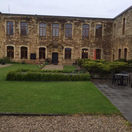 Chateau De Latour: The hotel